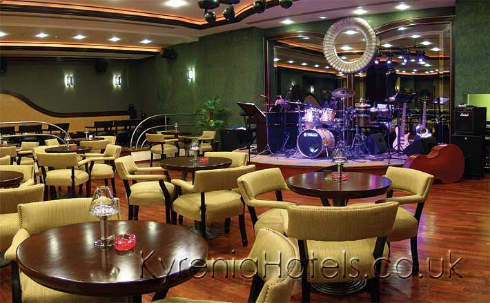 Rocks Hotel Habanera Jazz Bar